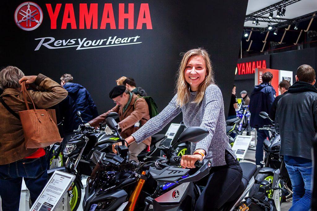 Yamaha motorrijder tijdens MOTORbeurs Utrecht
